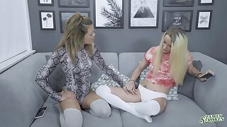 Softcore oral game leads these chicks to mental flannel sharing XXX