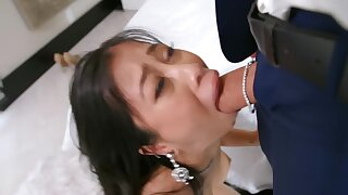 Asian babe in for the purpose jewelry on the very point of do everything for BF