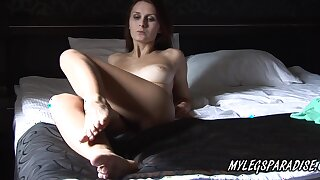 Perfect Body And Fat Tits Babe Foot Fetish Show